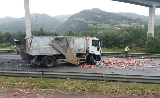 Estado en el que quedó uno de los vehículos accidentado.
