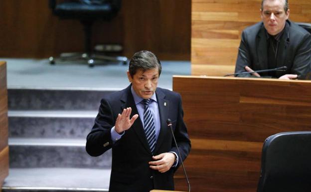 Javier Fernández: «No soy partidario de la cooficialidad del asturiano»