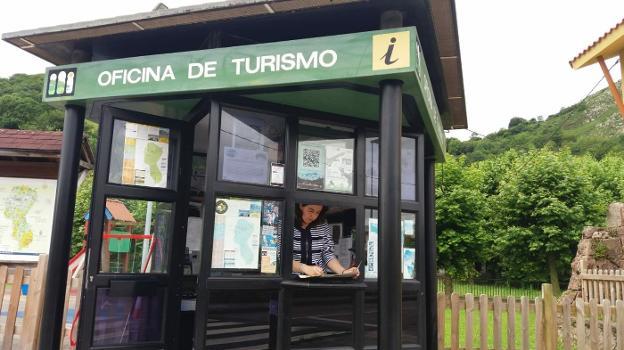 La Oficina de Turismo de Benia. :: E. C./