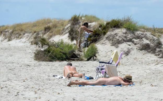 Mujeres En Playas Nudistas Oviedo