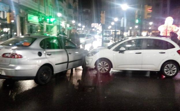 Dos Choques De Vehículos En El Parchís Y El Lauredal El Comercio