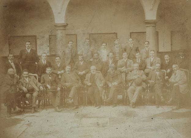 Integrantes del 'Grupo de Oviedo', impulsores de la creación de la Extensión Universitaria en 1898. / U. O.
