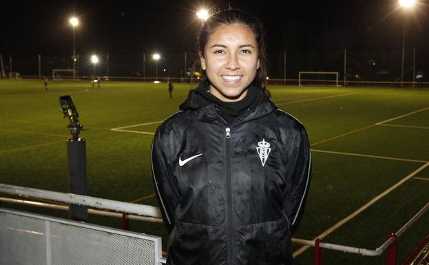 Annia Mejía, defensa del Sporting.