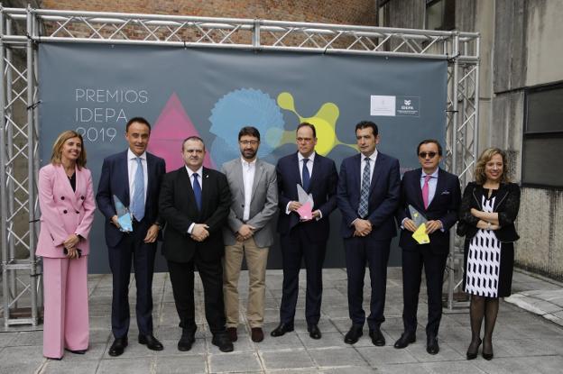 Imagen noticia:  HIASA, ASTURMADI DOORS e IZERTIS reciben los premios IDEPA 2019