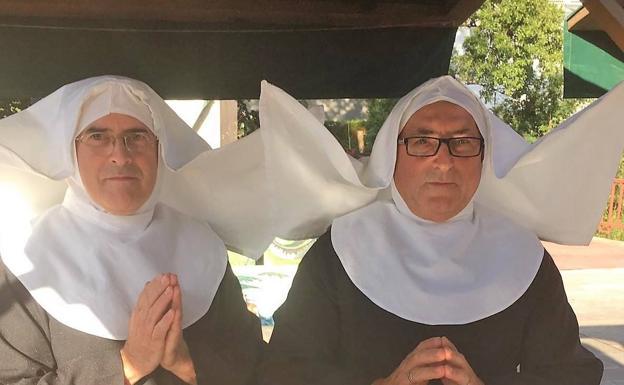 Fotos Divinas Para Recaudar Fondos Para El Vía Crucis