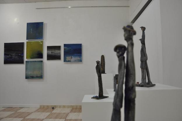 Parte de la obra de las hermanas Cuesta que se puede ver en la galería de Navarra. / LVA