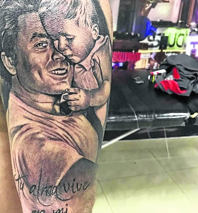 Kiko Rivera Inmortaliza A Su Padre En Un Nuevo Tatuaje En El Brazo